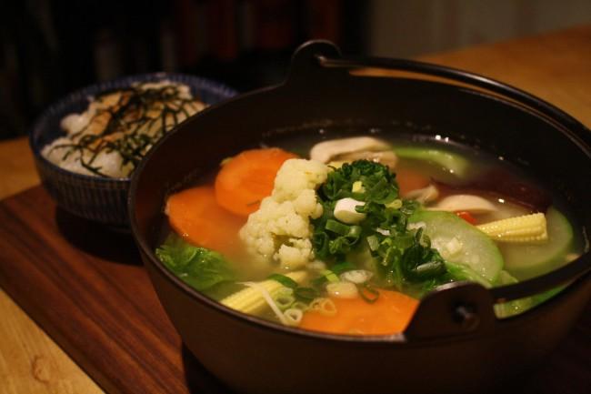 經 典 百 草 風 味 鍋